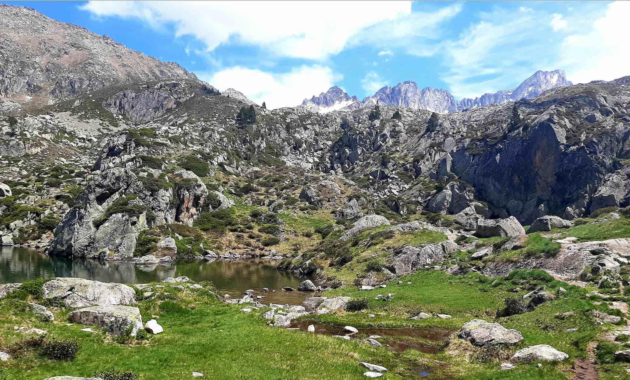 Paysage de montagne à proximité de la station thermale de Barèges-Barzun